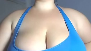 best huge tits lady from webcam show natural brest top size