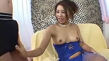 Japanese fury goes in nature'_s garb and gives a steaming sexy blowjob