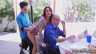 Mom and patron'_s companion stretch naked Awesome 4th Of July Threesome