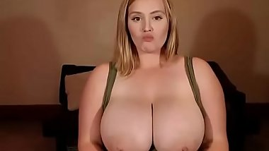 Huge Wet Girl Orgasm On Web Cam