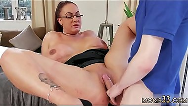 Big tits mom ally'_ compeer taboo xxx Big Tit Step-Mom Gets a Massage