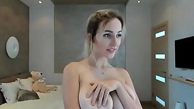 hot blowjob play with her boobs cam sex live-  youcamhub.com