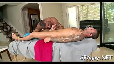 Metrosexual man gets his cock sucked by homosexual masseur