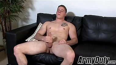 Army homo is eager to take his clothes off and masturbate