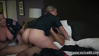 Passion hd amazing blondes and milf brunette teacher blowjob Noise