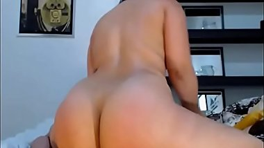 Big Ass CamGirl Fucks rides dildo doggy and creamy cums more on realwhores.tk