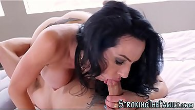 Milf stepmom cum sprayed
