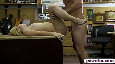 Petite blondie babe nailed by pawn man at the pawnshop