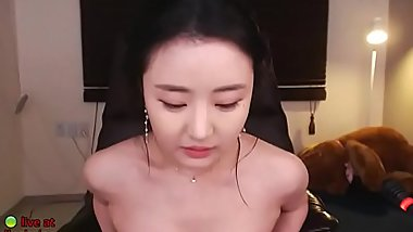 Asian beauty super hot webcam show - Live at livekojas.com