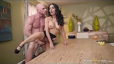 Launch - Johnny Sins &amp_ Tia (Full Clips Nuderides.com)