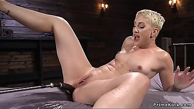 Short hair blonde anal fucks machine