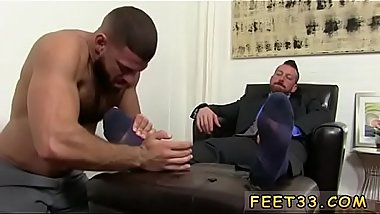 Free gorgeous gay porn video Hugh Hunter Worshiped Until He Cums