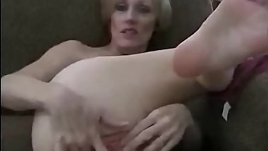 Stepson Gives Milf A Creampie