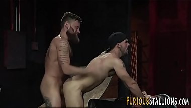 Muscle hunk riding cock