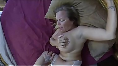 Strong stepson get what he want from stepmom and creampie - morw videos like this at : http://cutt.us/girlscam